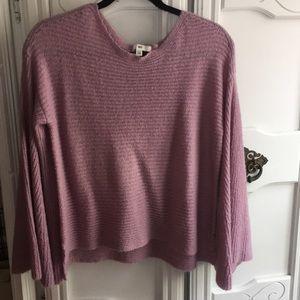 Bell sleeve light weight sweater